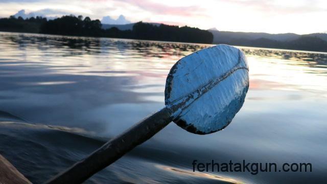 Paddeln auf dem Lake Bunyonyi