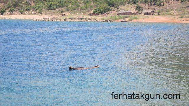 Kanu im Lake Kinyasa