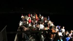 MS Songea bei Nacht