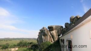 Felsige Landschaft in Tansania