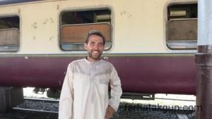 Im Kanzu in Dar