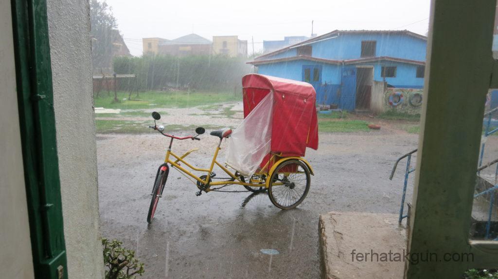 antsirabe regenschauer hagel