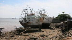 hafen-von-mahajanga-schiffe-1