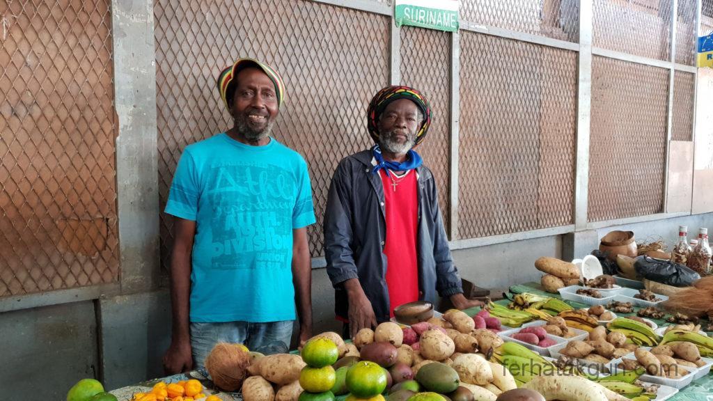 Nieuw-Nickerie - Rasta und sein Freund Rasta