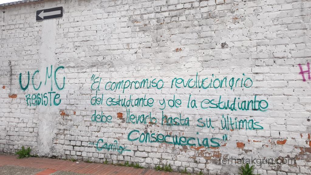 Bogota - Protest Spruch auf Wand