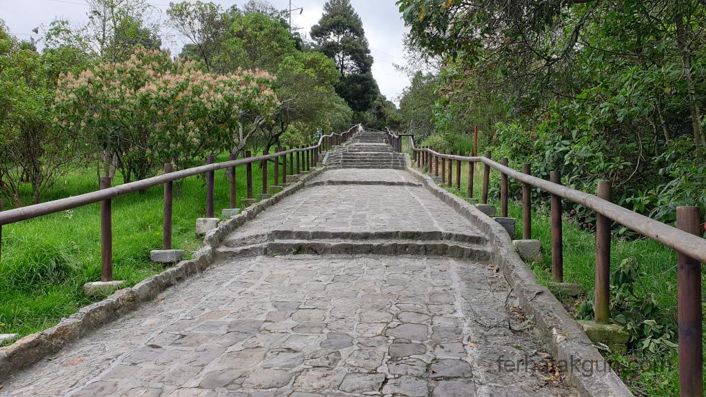 Bogota - Monserrate Stufen