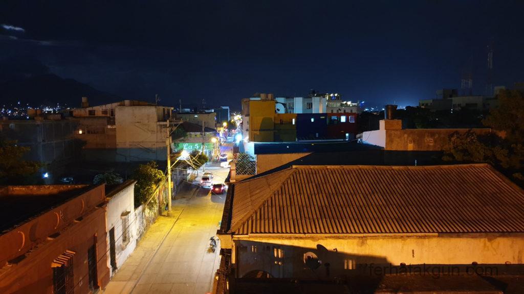 Santa Marta - Bei Nacht