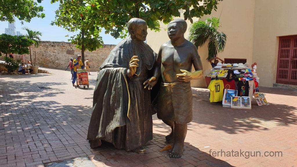 Cartagena - Statuen in der Altstadt
