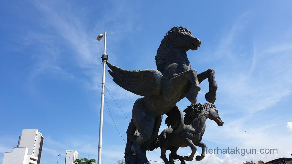 Cartagena - Statue in der Altstadt