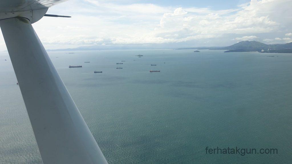 Panama City - Blick Richtung Kanal