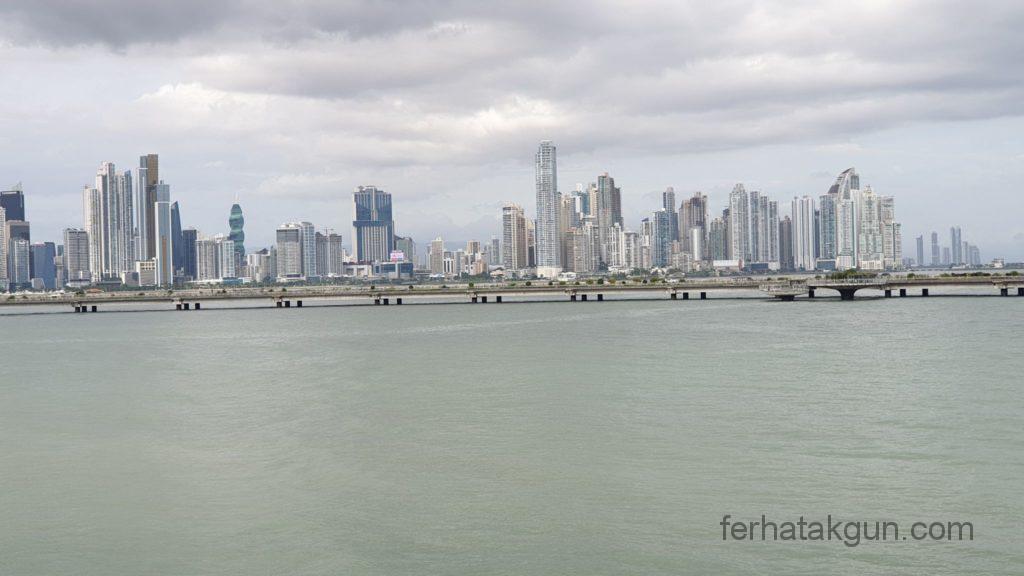 Panama City - Sky Line