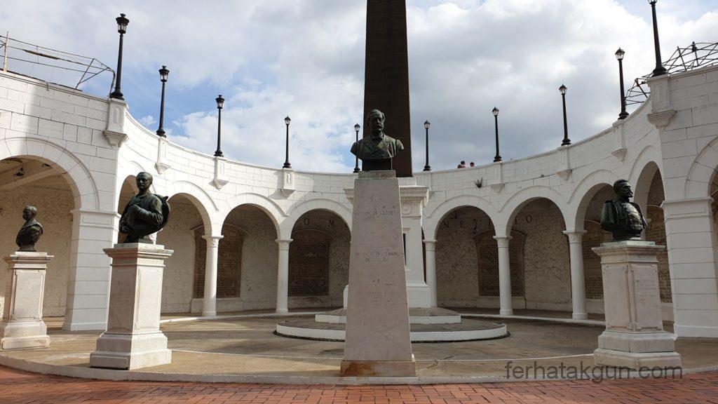 Panama City - Denkmäler