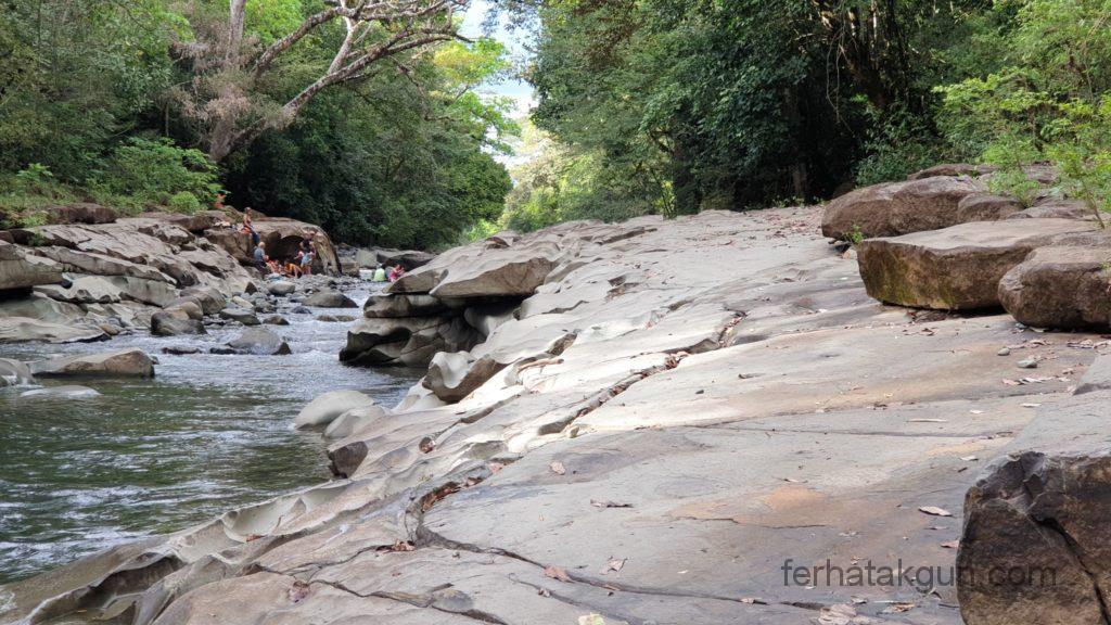 Los Cangilones De Gualaca - Abeschliffene Felsen