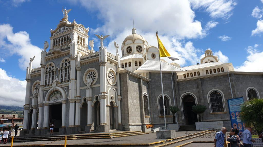Cartago - Kirche