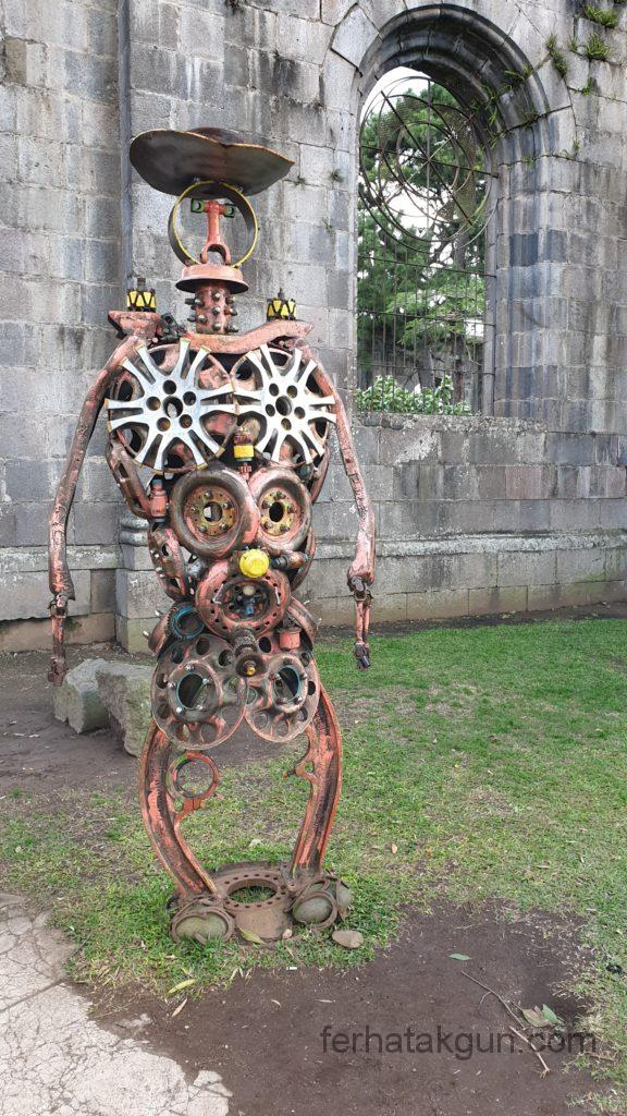 Cartago - Recycling Kunst