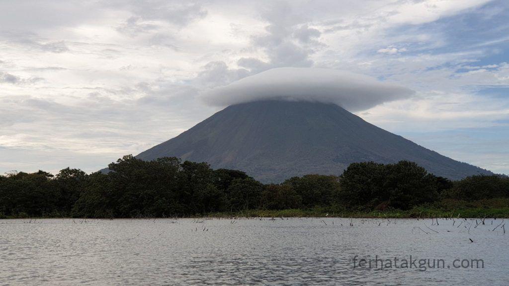 Nicaragua - Ometepe - Kayak Tour Río Istián